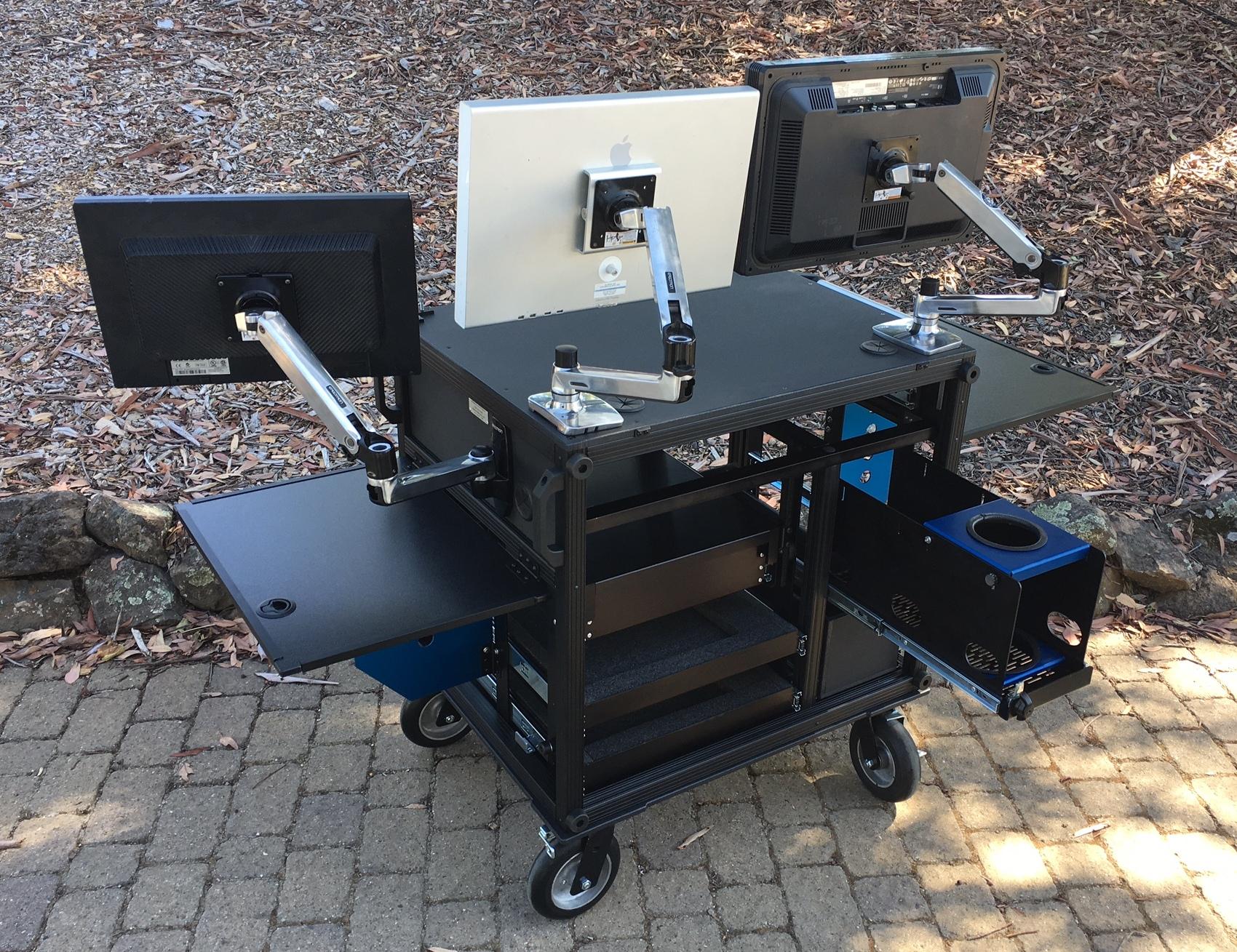 Singl monitors, MAC drawer, rear 7
