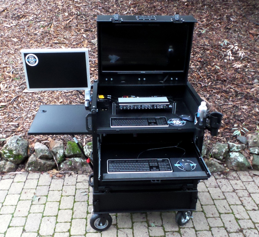 Bigfoot Side Operator Split-Apart with two monitors sml
