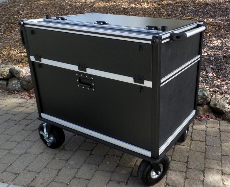 Bigfoot Audio cart rear closed