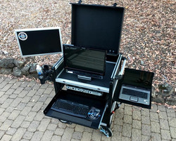 Bigfoot cart Clamshell lid with touchscreen monitor swingup
