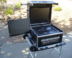 Roland-Bigfoot Versa Flypak VR-HD50 with side monitor option