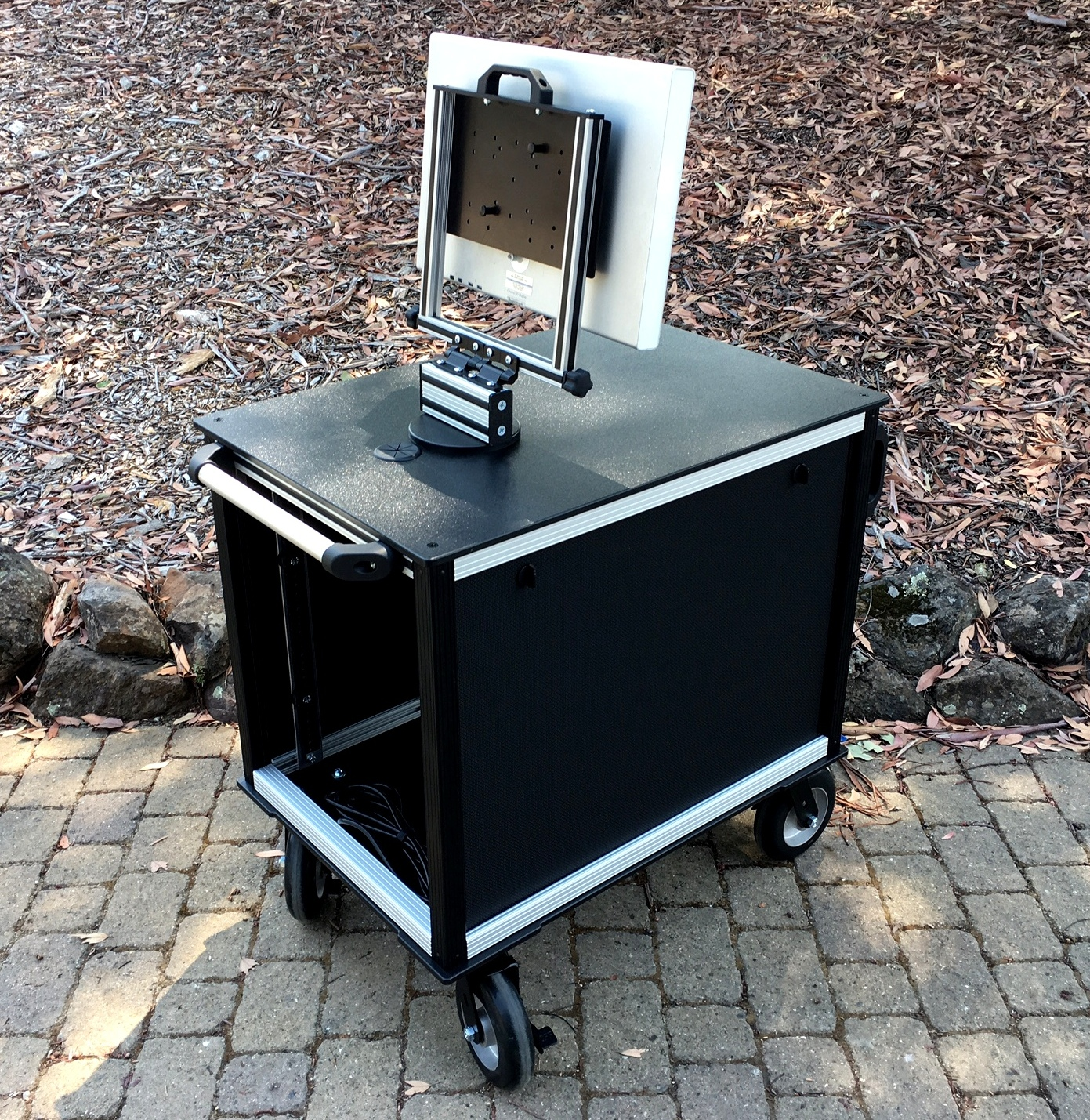 SingleRack Cart, solid top,swing up-swivel mount, removable side panels