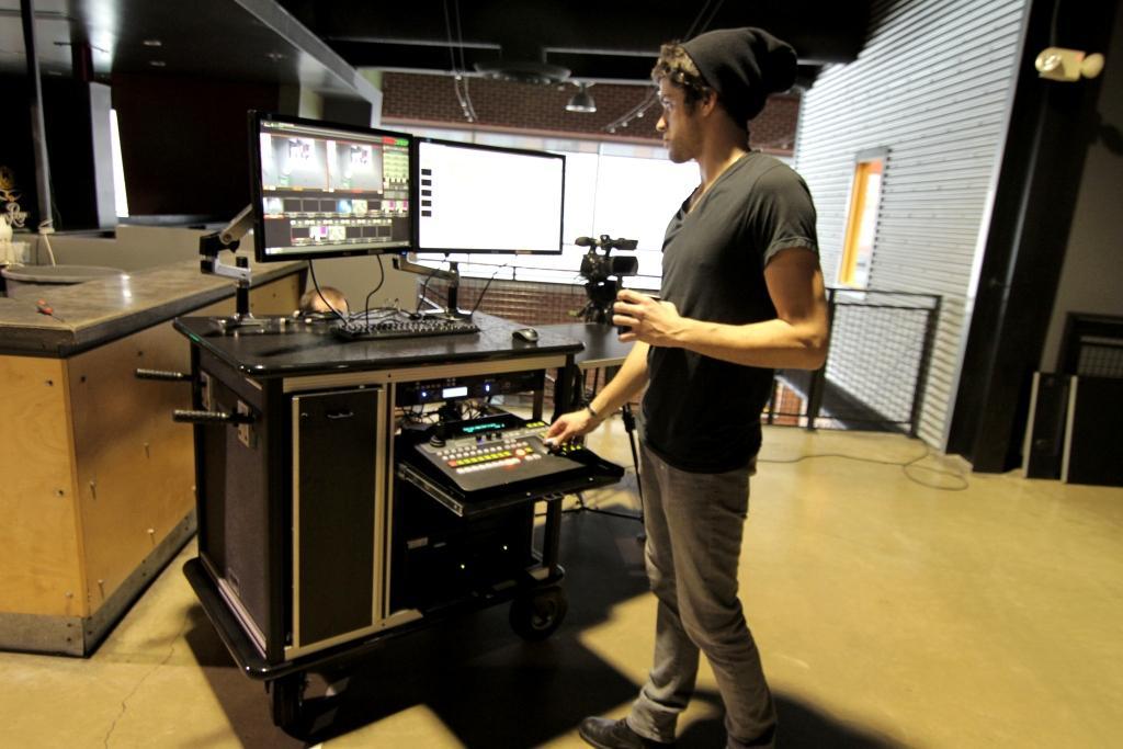 iVideo Rackplus cart 2013