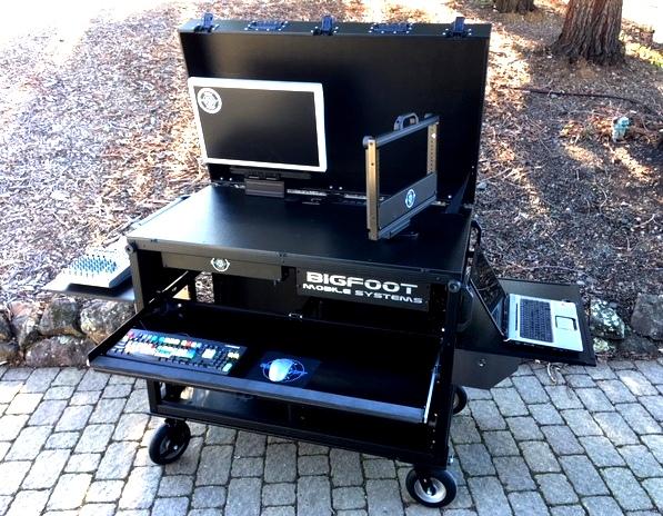 BlackMagic Design-Bigfoot DoubleRack ad cart upper rack swiveled