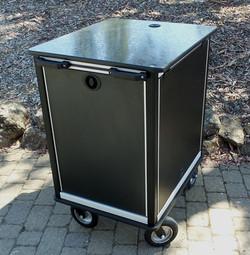SingleRack Cart, 16RU with upgraded flush latches