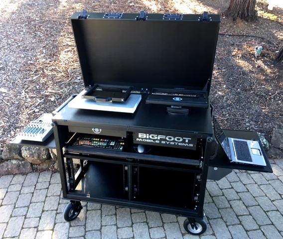 BlackMagic Design-Bigfoot DoubleRack ad cart monitors down