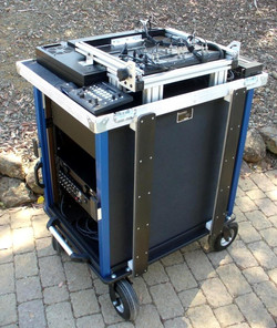 Bigfoot- Tricaster 455-460 integrated monitor-rack area stowed
