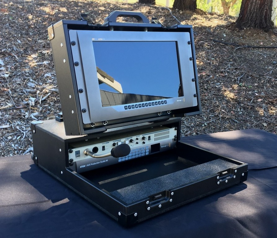 Bigfoot Versa Briefcase with 2RU main standard and 6RU lid racks, angle adjustable monitor lid
