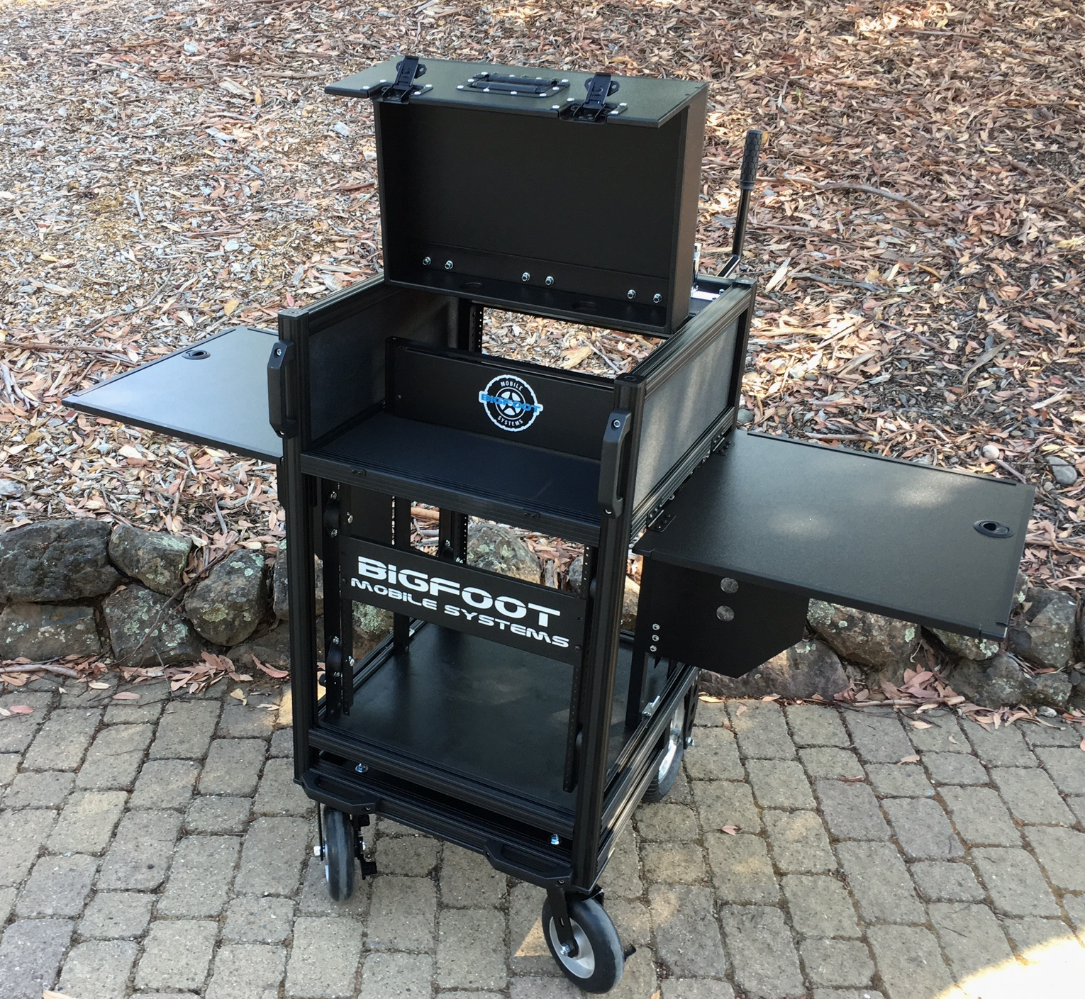 SingleRack Cart, off set base design and flip up lid