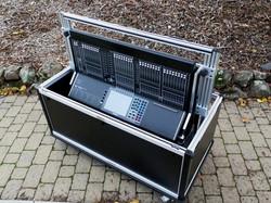 Bigfoot Yamaha  CL-5 mixer cart stored3