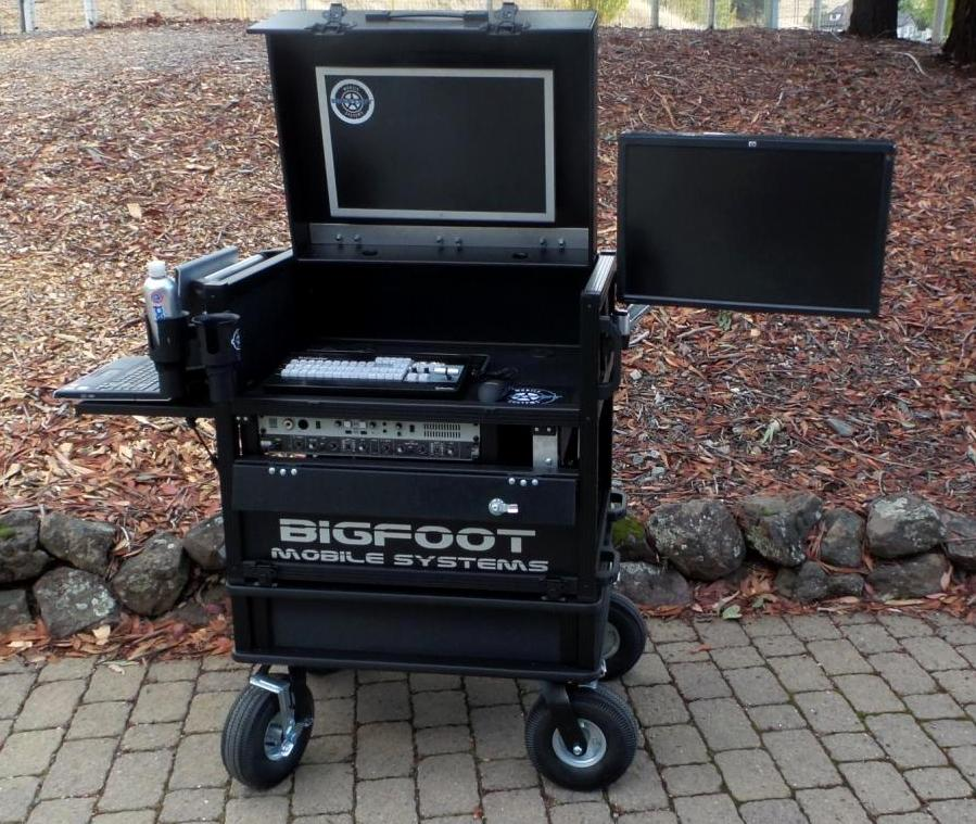 Bigfoot 'Side Operator' System Cart with Dual monitors open 24