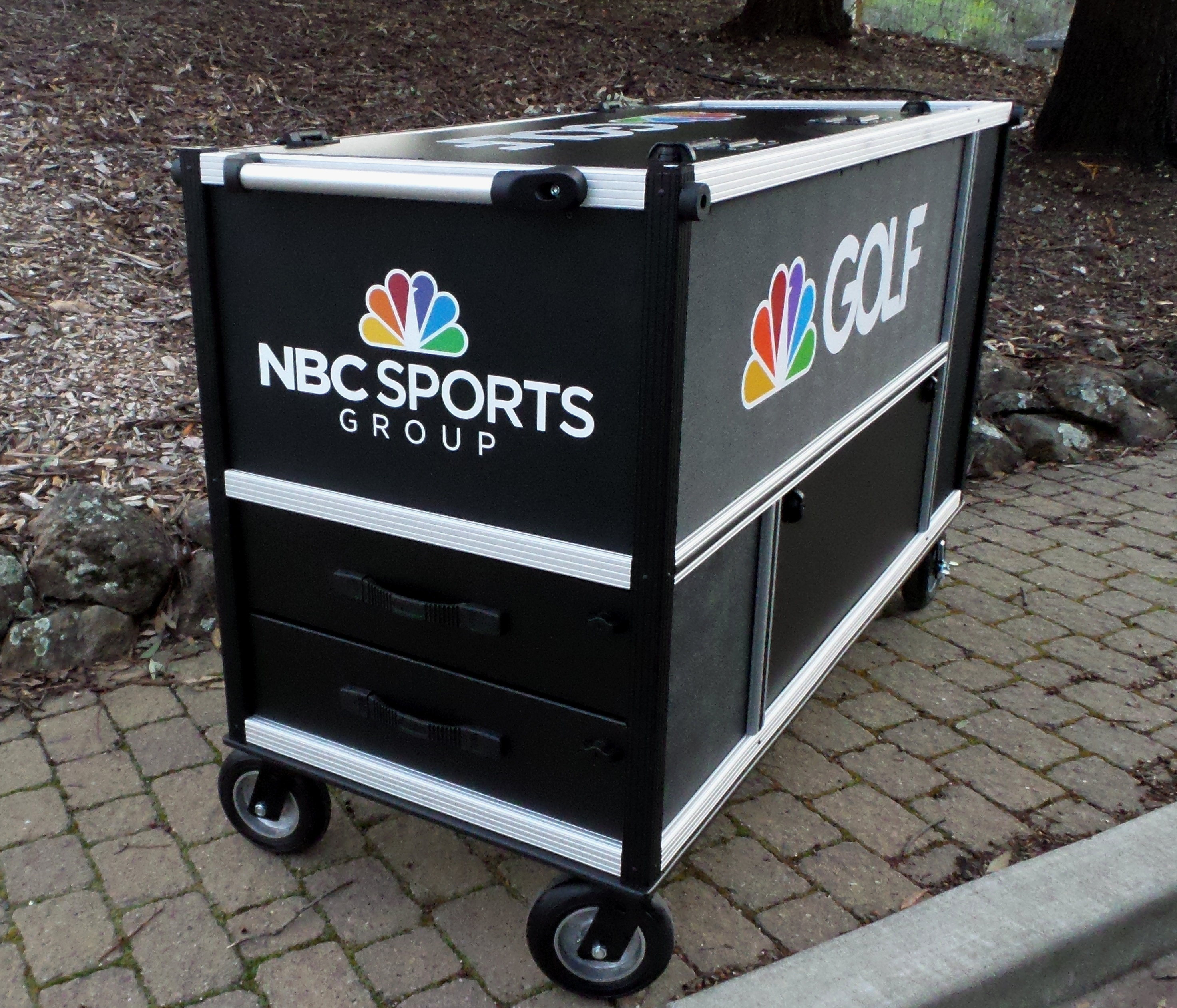 Golf Channel Cargo cart end