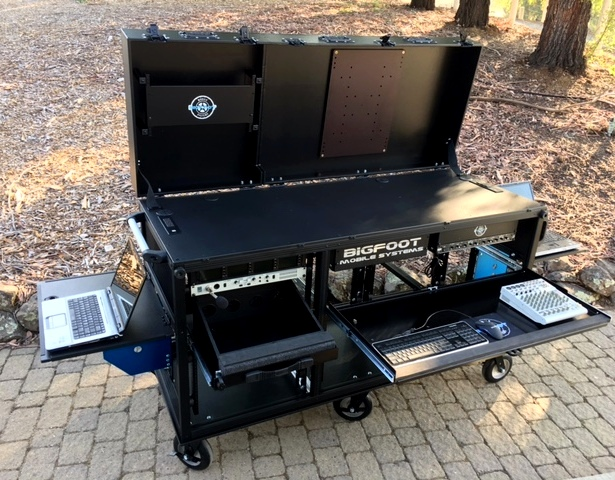 Bigfoot Triplerack cart with TD and camera shader or replay postions