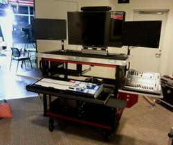 49ers,8000 Dual 42inch monitors, dual 24inch monitors