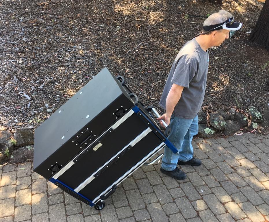 Bigfoot 2018 VersaFlypak 5RU shockrack rolling method 'in front'