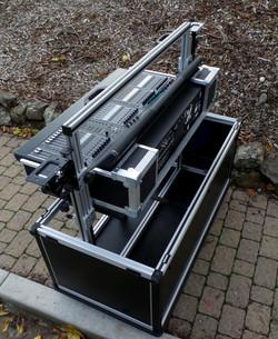 Bigfoot Yamaha  CL-5 mixer cart, max height