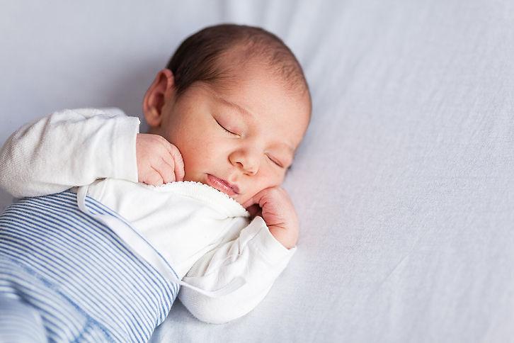 nouveau-né new-born