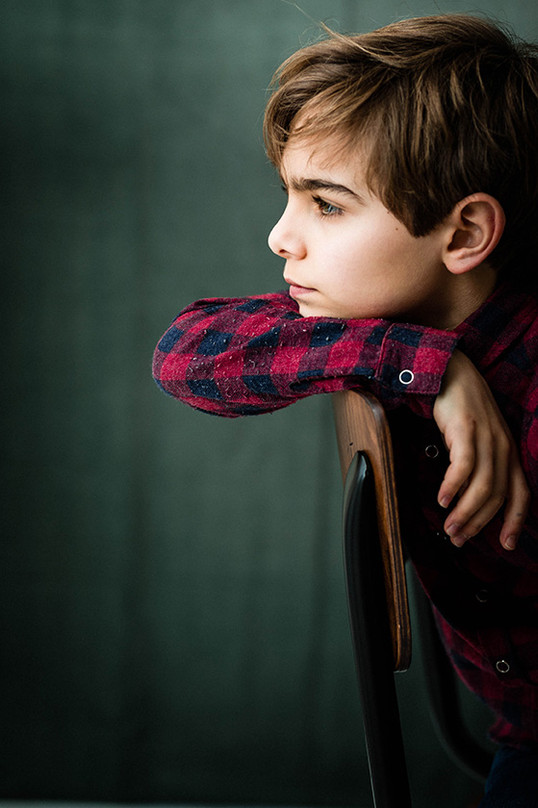Photographe portrait garçon homestudio c