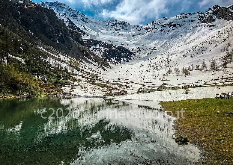 Lago del Chisonetto al disgelo