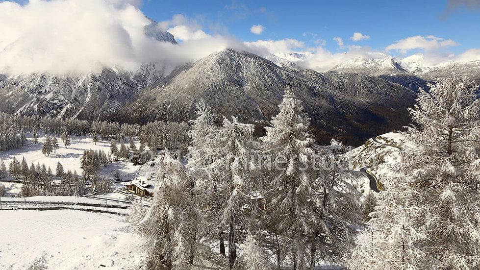 Panorama su Grand Roche e valle