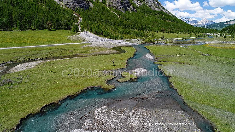Ansa del fiume in valle Argentera