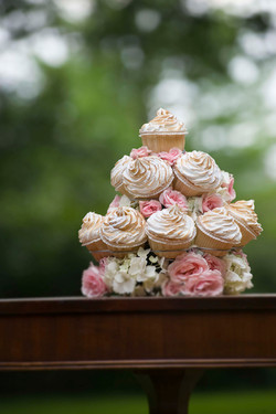 9 Small Cup Cake Tree