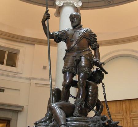 Escultura de Carlos V de Pompeo Leoni, Museo del Prado