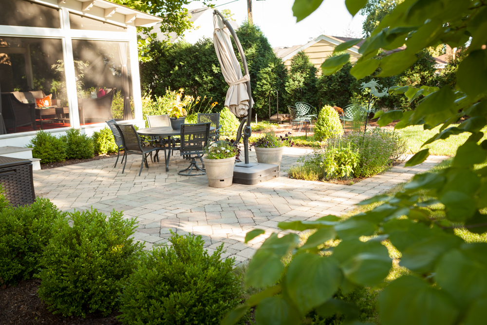 Patio and landscape Downers Grove