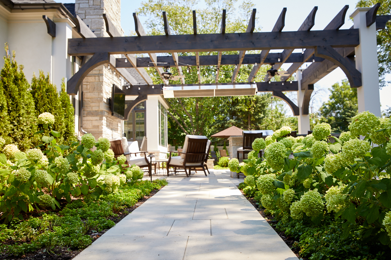 Pergola, walk and landscape Wheaton