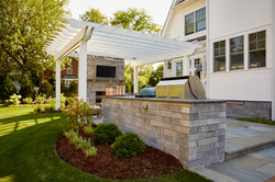 Outdoor kitchen and pergola Hinsdale