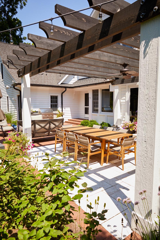Pergola and patio Glen Ellyn