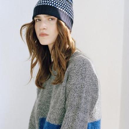 NPAC Hybrid Pastel - Woman in Sweater