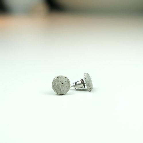 BetonPunkt – ist ein Ohrstecker