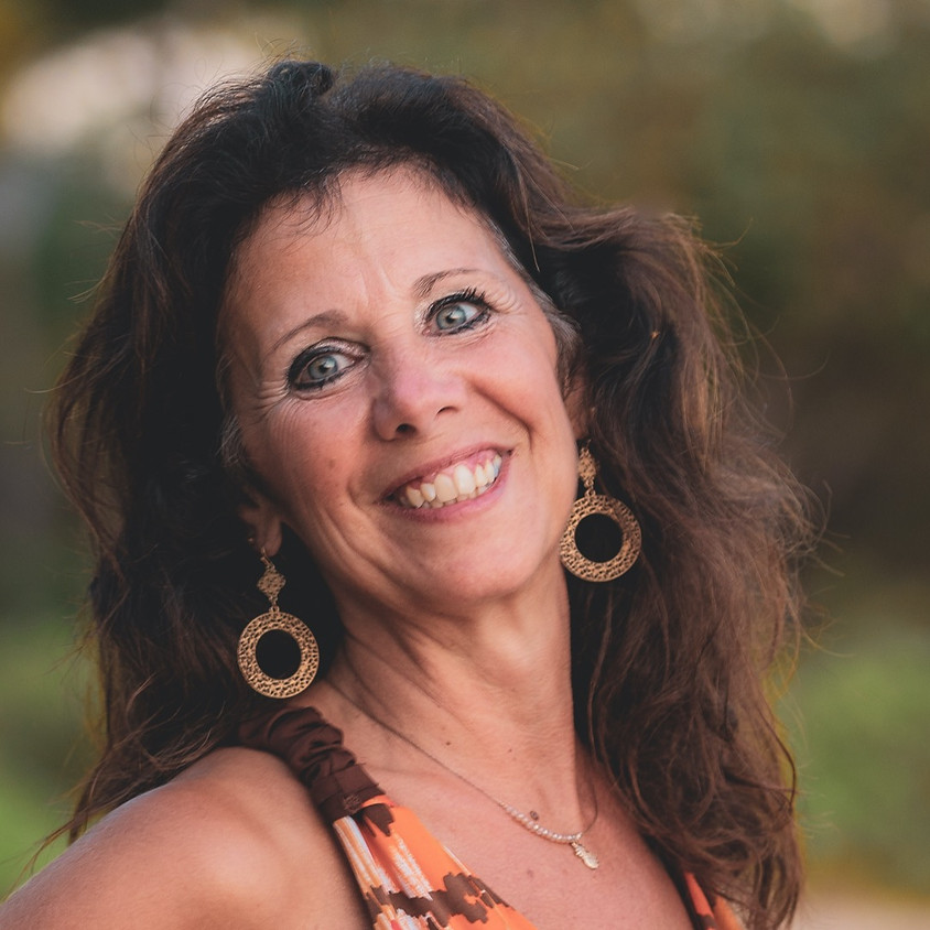 Calling All Heroes and Heroines with Gail Heil