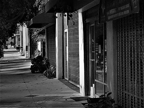 Leimert Park empty street1.jpg