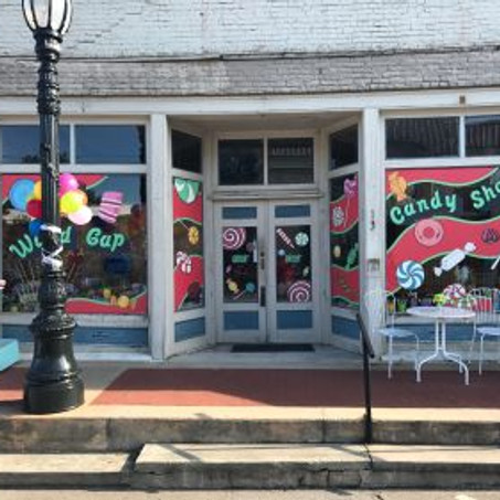 With premiere approaching, Barnesville is still celebrating HBO's 'Sharp Objects'