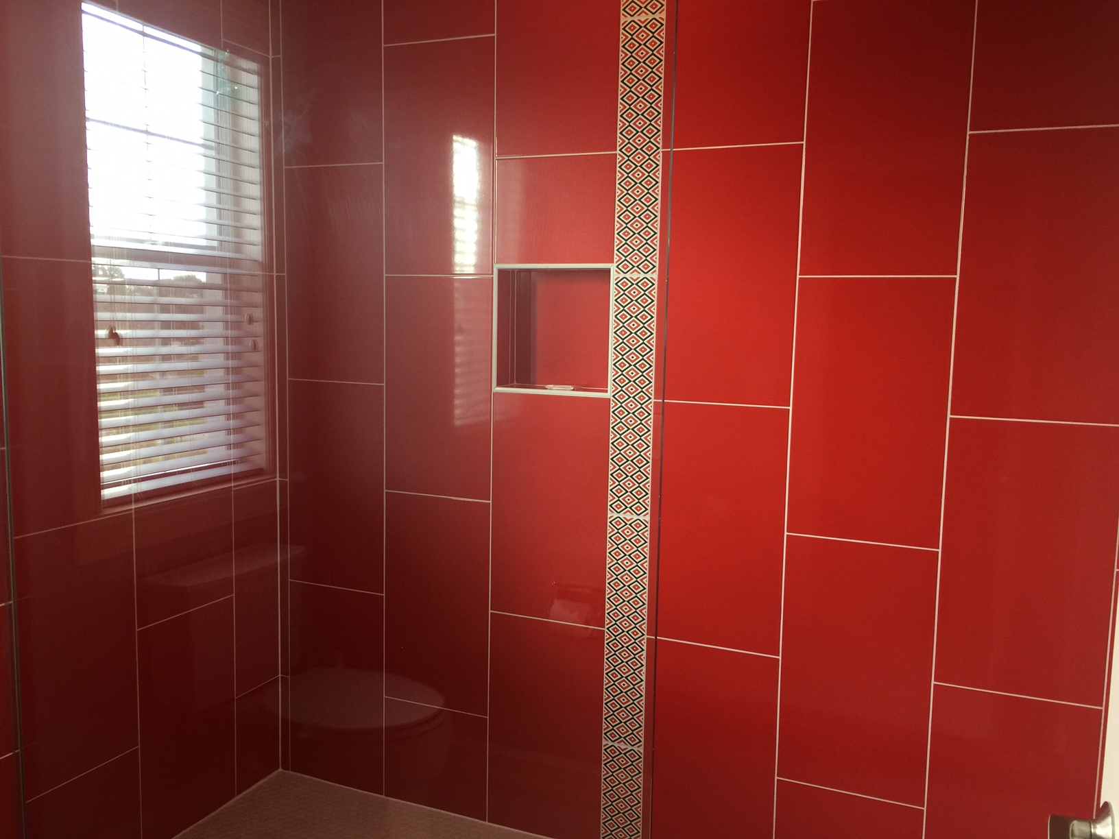 5410 Red Shower
