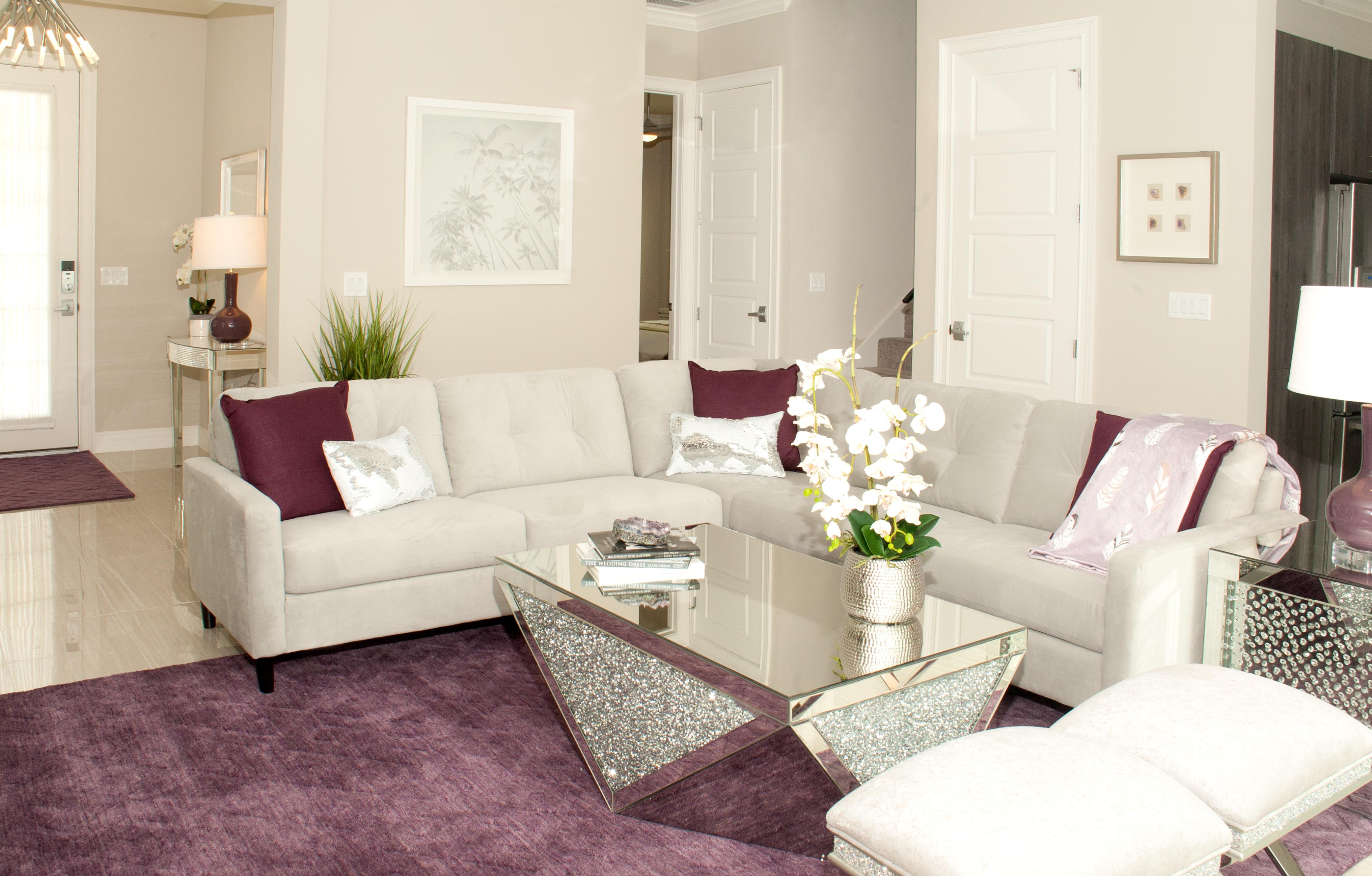 LRTU-Living Room-