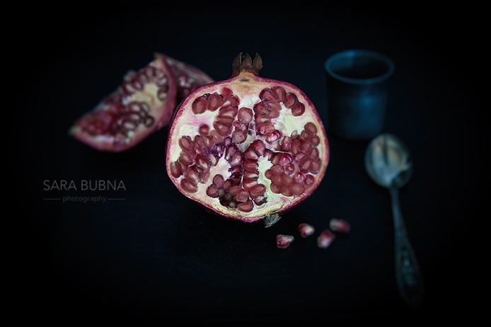 Chiaroscurostyle Pommegranate
