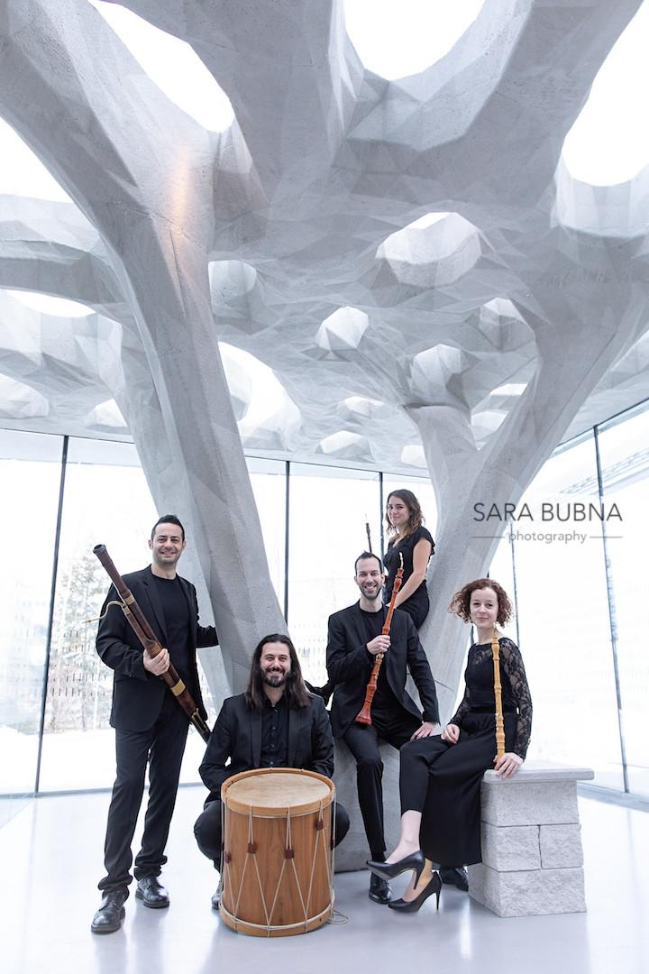 Fotograf, Fotografin, Salzburg, Bauakademie, http://www.moa-architecture.eu, Ensemble, la petite ecurie, Portraits, Headshots, Gruppenbilder, Musik, Oboe, SARA BUBNA, Fotostudio, QAP, EP, Meisterfotograf,