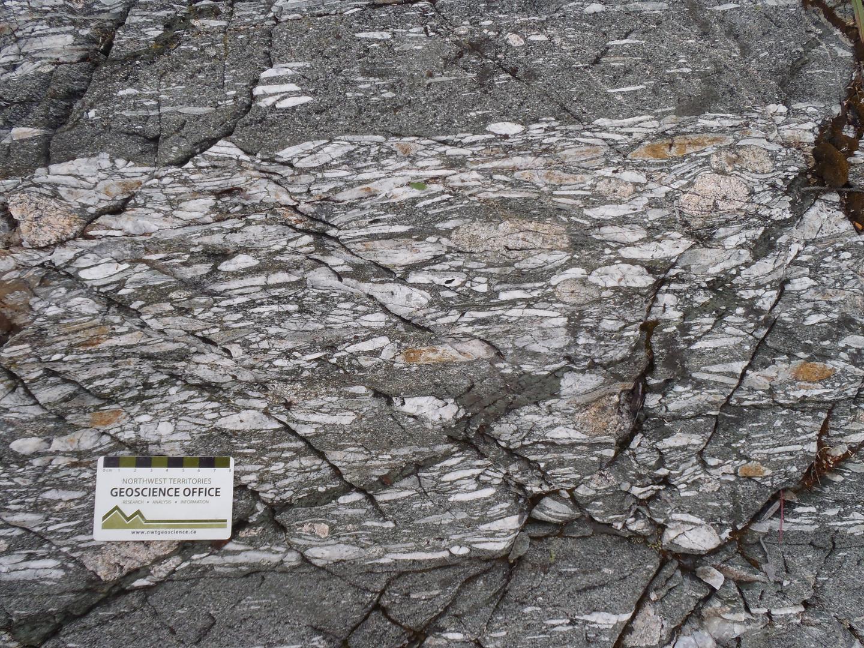 ~2.7 Ga volcanoclastic rocks
