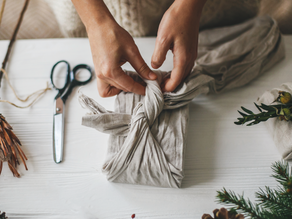 How to wrap gifts with fabric - a step by step guide with pictures
