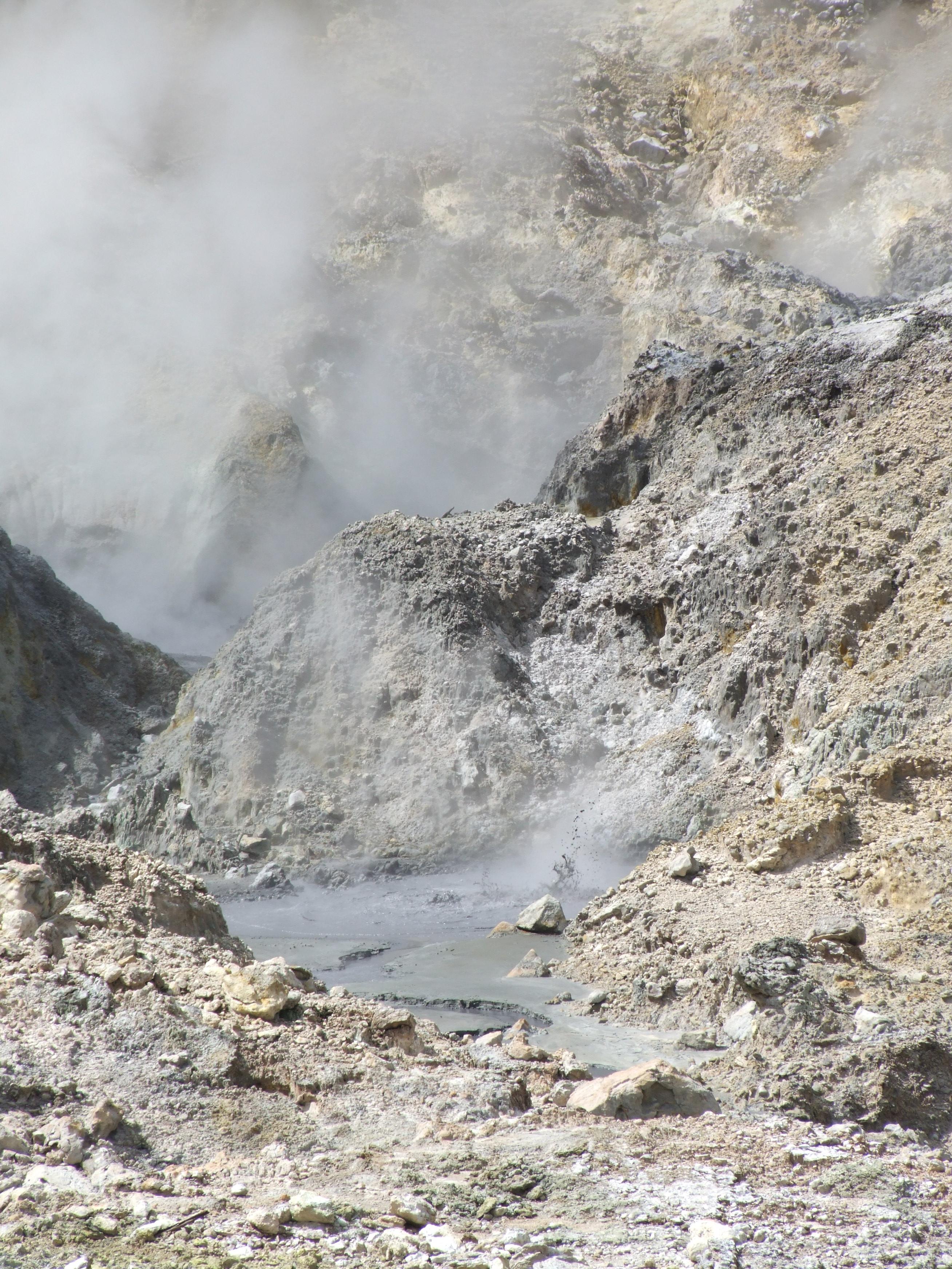 Drive in Volcano