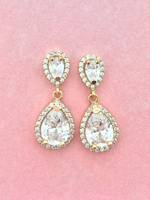 Pink Obsession White Brilliance pear studs