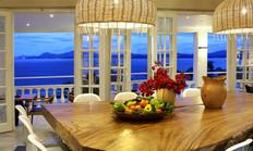 Dine with Seaviews