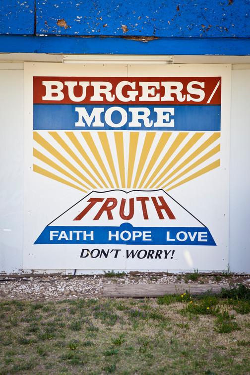 mightyburger01.jpg