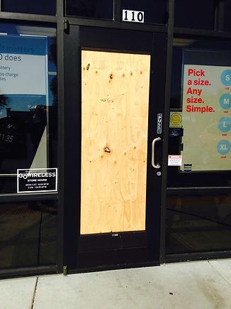 Las Vegas Emergency Glass Board Up Door Glass Replaced