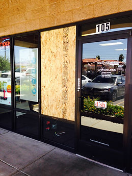 Storefront, Mall Front, Custom Glass, repair commercial doors, herculite door repair, commercial door replacement, commercial door repair, herculite door replacement,Paramount Glass & Mirror, paramountglasslv.com, commercial window repair, fix window glass