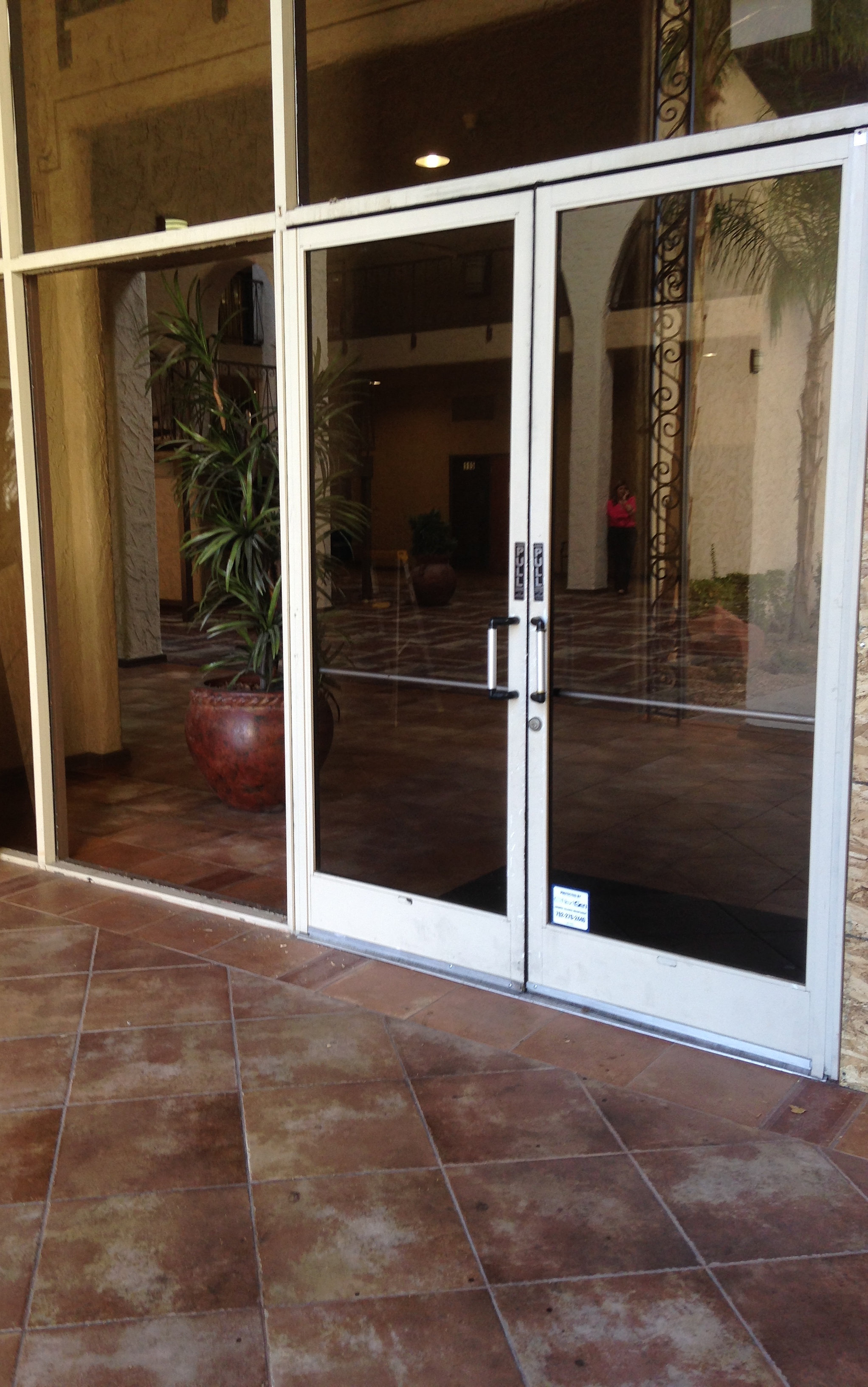Single glass storefront door - Commercial Glass Repair Las Vegas Storefront Mall Front Custom Glass Repair Herculite Door Repair Commercial Door
