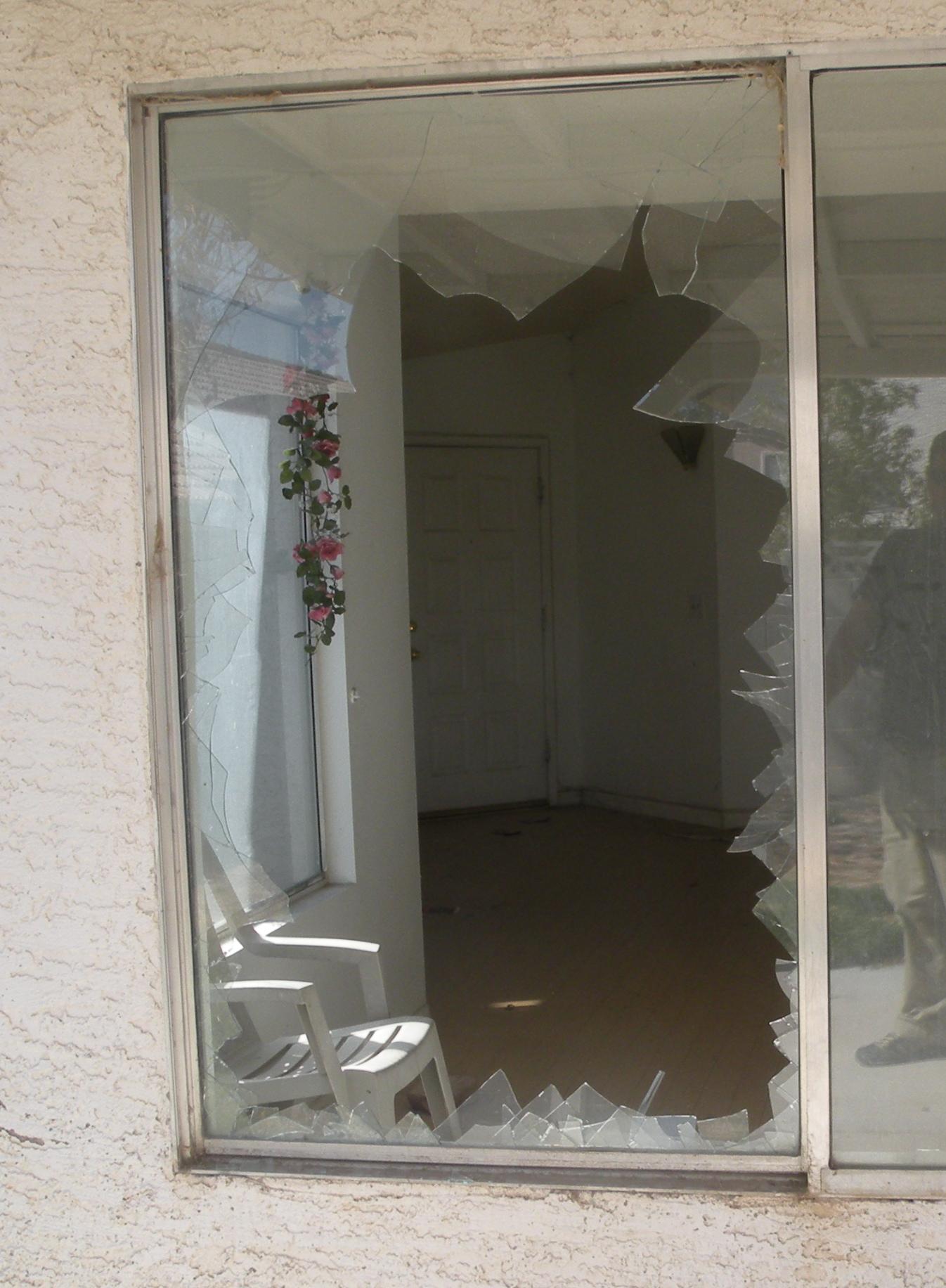 We Fix Broken Glass in Las Vegas